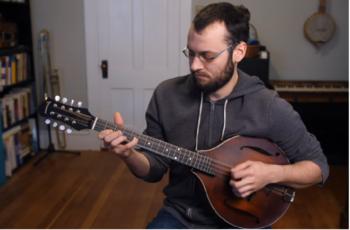 Mandolin vs Banjo Reviewed